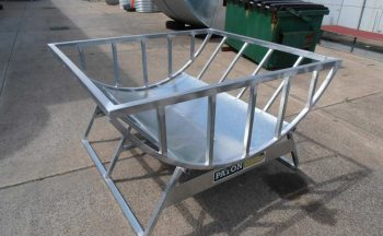 century poly hay feeders feeder